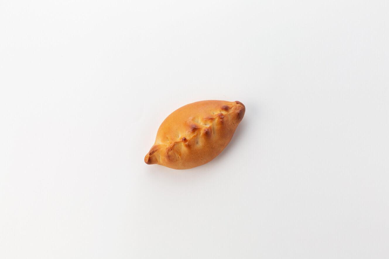 Постный пирожок с капустой